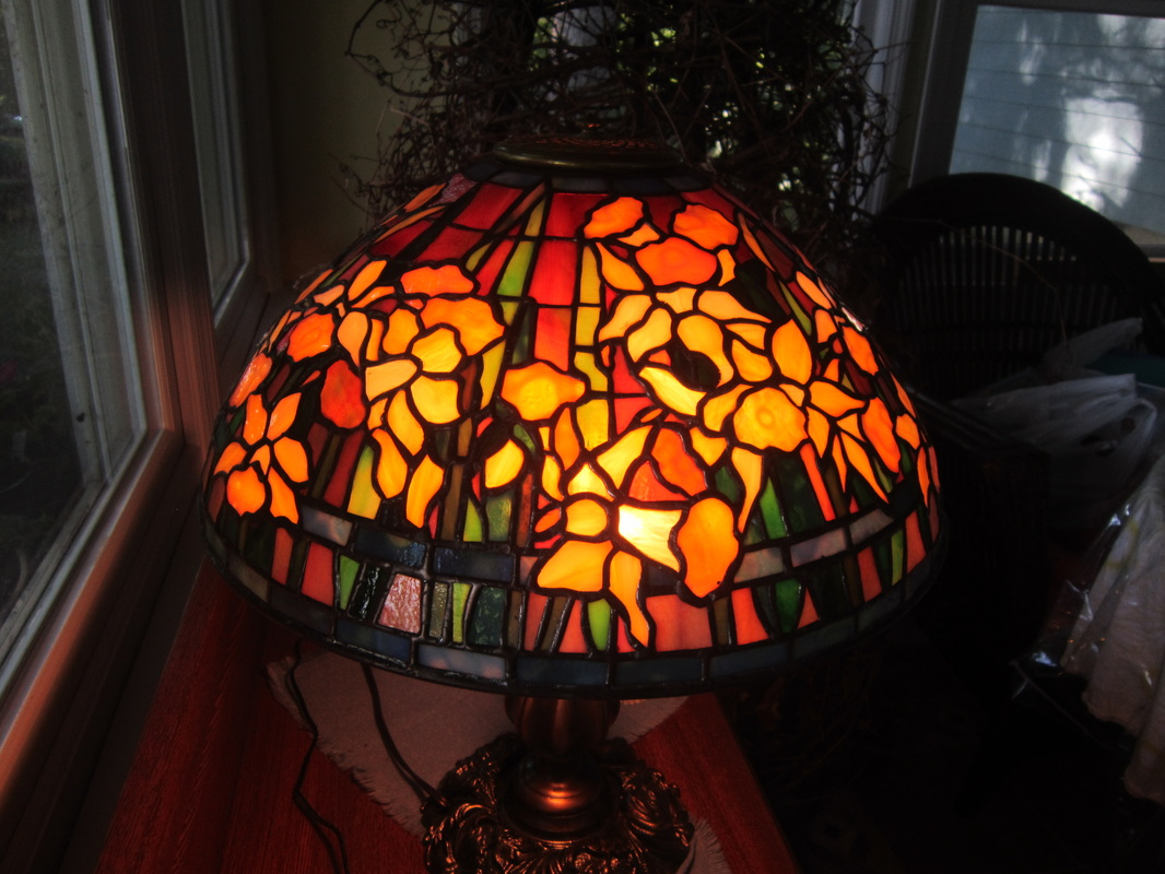 Tiffany lamp replicas spectrum stained glass studio for Lampen replica